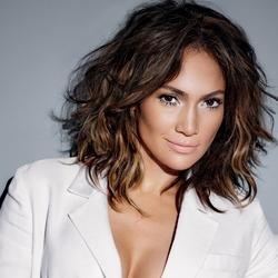 Jennifer Lopez doa 1 milhão