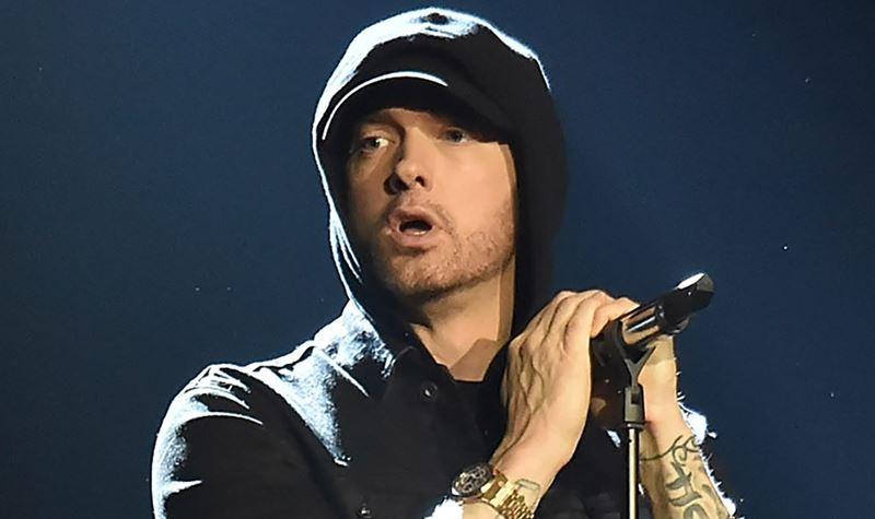 Eminem está de parabéns!