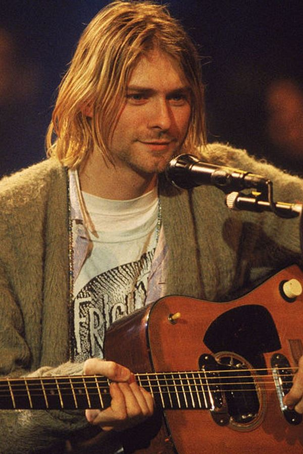 Guitarra de Cobain vendida por valor recorde