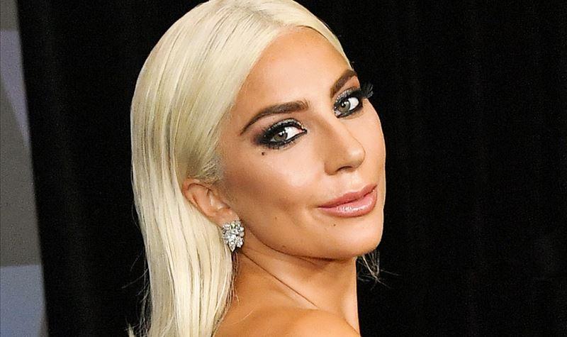 À espera de Lady Gaga...