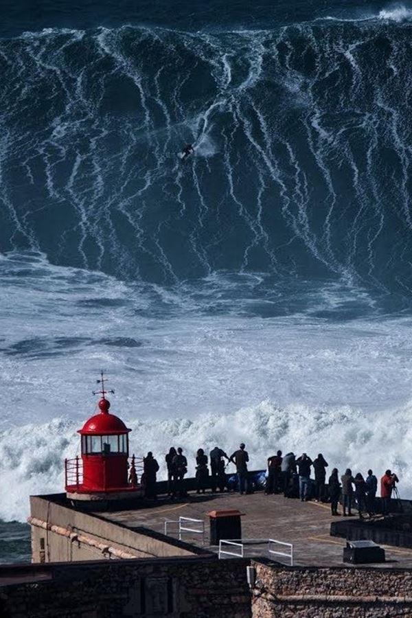 Proibido surfar na Praia do Norte