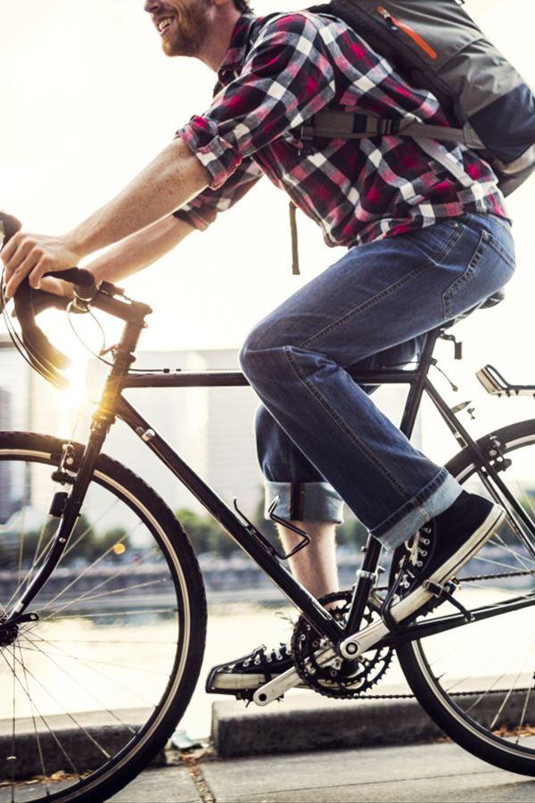 Anda de bicicleta. Pagam-te para isso!