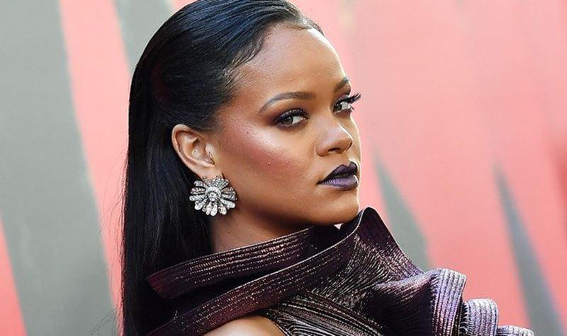 Rihanna está de volta! Só não sabe o nome do álbum