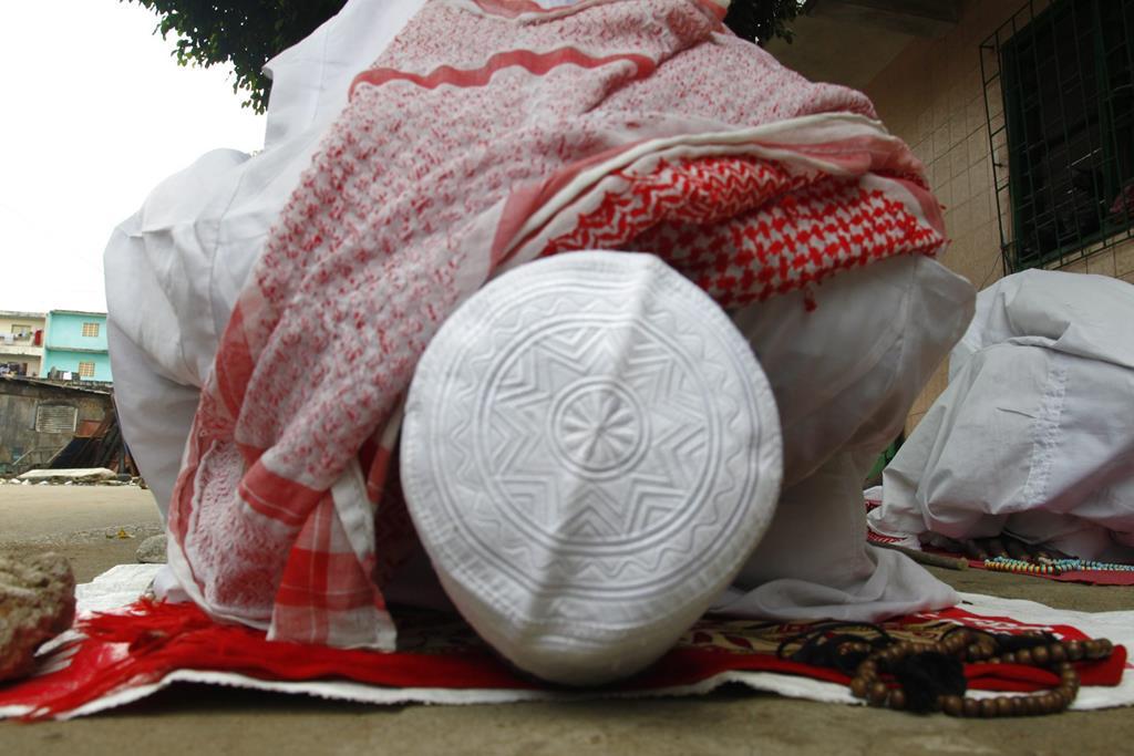 O Ramadão é um período de intensificação de oração, esmola e jejum. Foto: Legnan Koula/EPA