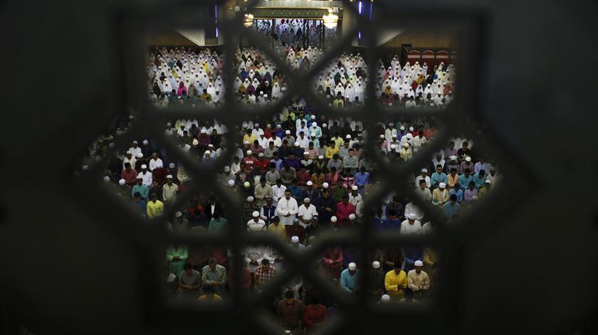 O Islão é a religião oficial da Malásia e o proselitismo para outras religiões é proibido. Foto: Fazry Ismail/EPA