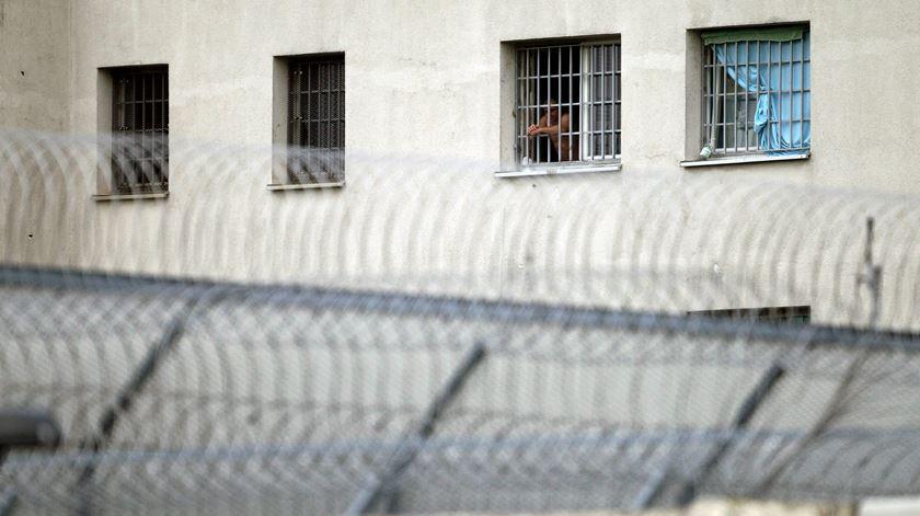 Há falta de médicos e enfermeiros nas prisões. Foto: EPA