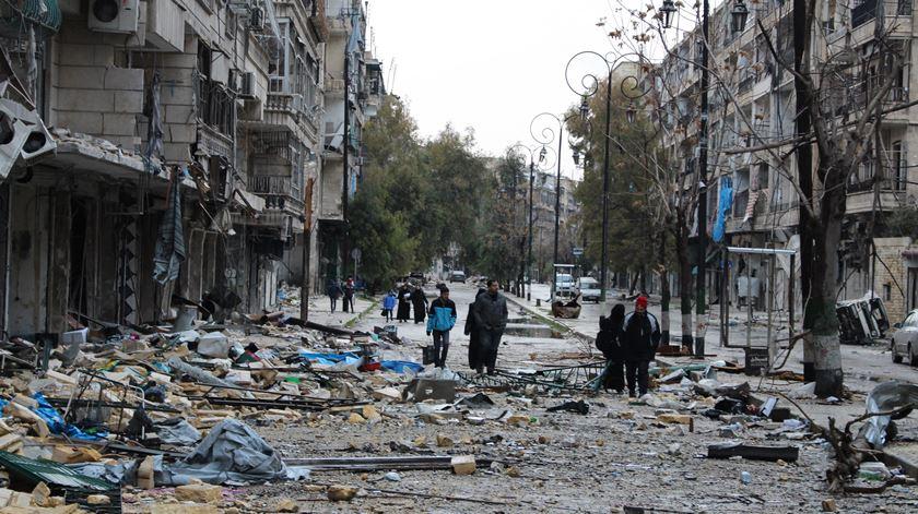 Imagem da destruição em Alepo, na Síria. Foto: STR/EPA