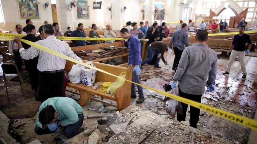 O duplo atentado no Egipto, no dia 9 de Abril, foi o mais recente caso de terrorismo contra cristãos naquele país. Foto: Khaled Elfiqi/EPA