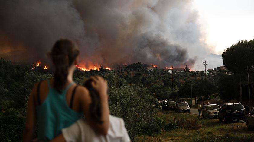 Governo quer militares a combater incêndios no próximo Verão