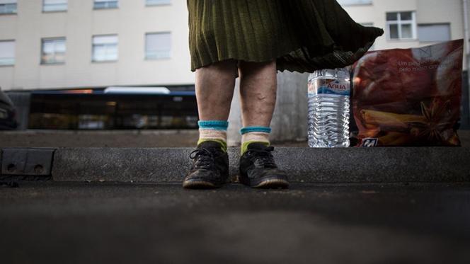 """""""2 Metros Quadrados"""" dá a conhecer retratos de uma pobreza envergonhada"""