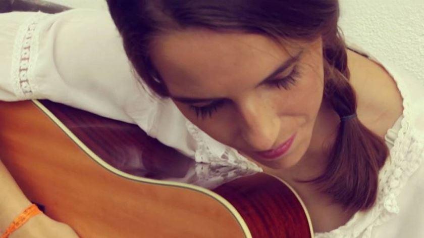 Ana Stilwell oferece concerto para ajudar refugiados. Foto: DR
