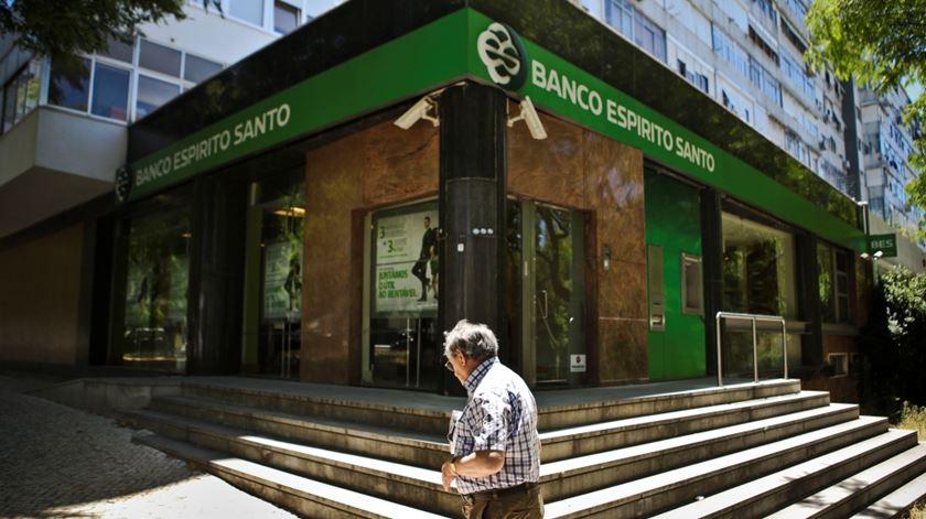 BES: Ministério Público arquiva queixas contra gestores de contas