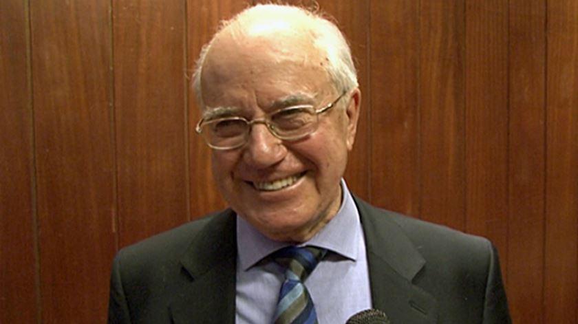 Antigo gestor executivo da Renascença recebe prémio. Foto: DR