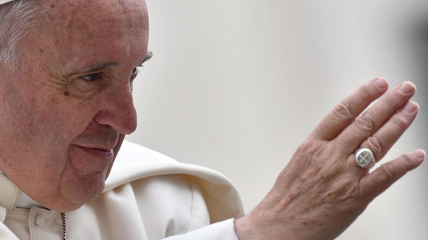 Papa Francisco apela ao sentido de responsabilidade. Foto: Ettore Ferrari/EPA