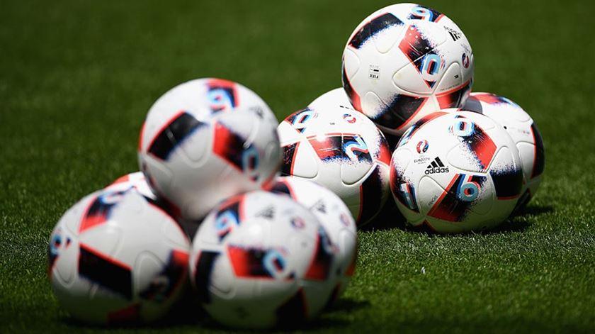 Juízes passam a ter regras para aceitar bilhetes para o futebol