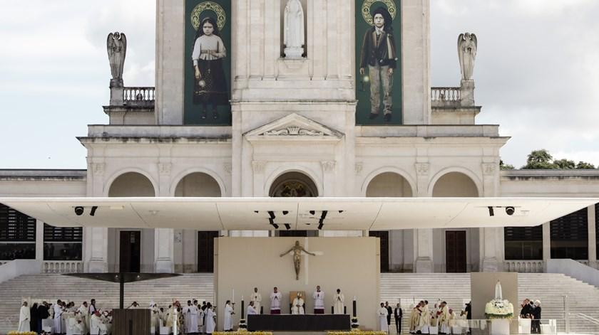 Francisco e Jacinta canonizados