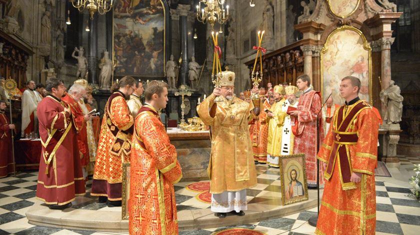 Celebração de católicos de rito oriental, na Ucrânia. Foto: Universidade Católica da Ucrânia
