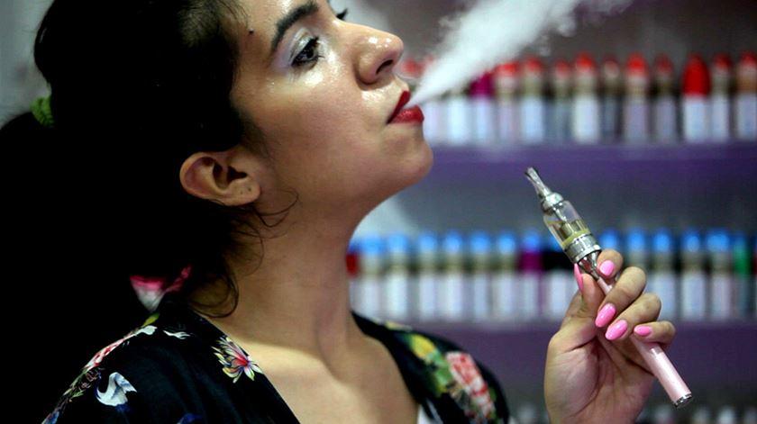 Cidade de São Francisco proíbe venda de cigarros eletrónicos
