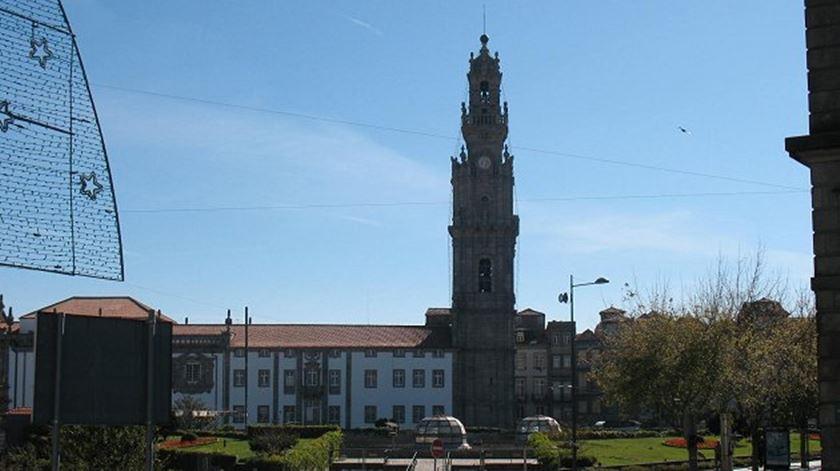 Restauro da Torre dos Clérigos rendeu prémio de 50 mil euros, que vai para instituição de solidariedade. Foto: DR