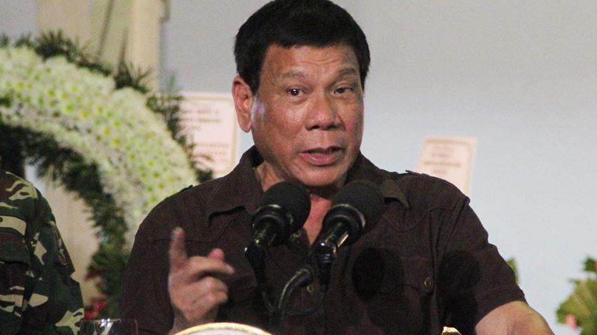 Políticas e declarações de Rodrigo Duterte têm chocado o mundo. Foto: Cerilo Ebrano/EPA