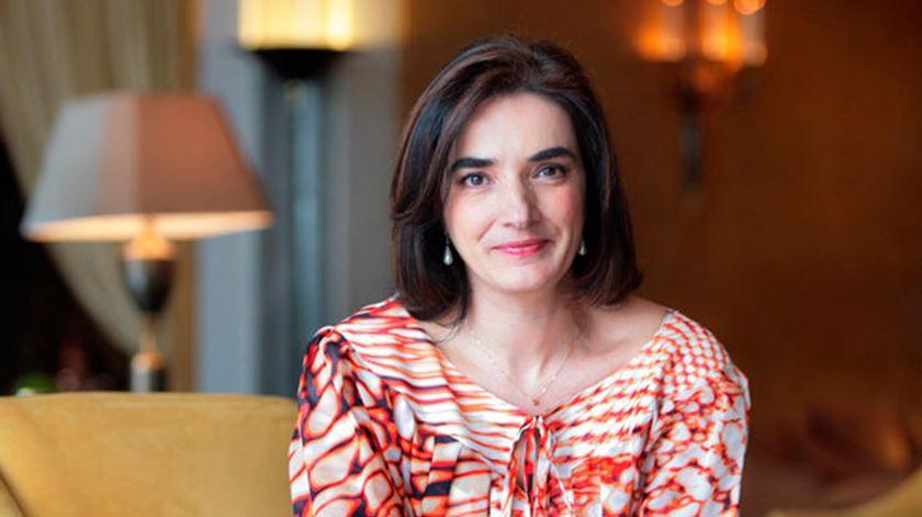 """Presidente felicita Elvira Fortunato e """"afirmação do papel das mulheres cientistas"""""""