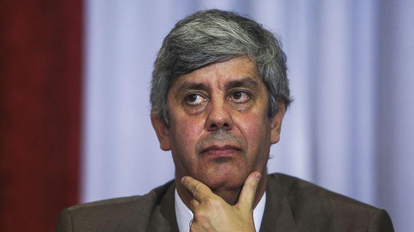 Ministro das Finanças debaixo de fogo da direita. Foto: Nuno Fox/Lusa