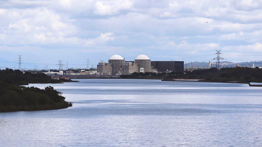 Ambientalistas exigem simulacro em redor de central nuclear espanhola de Almaraz