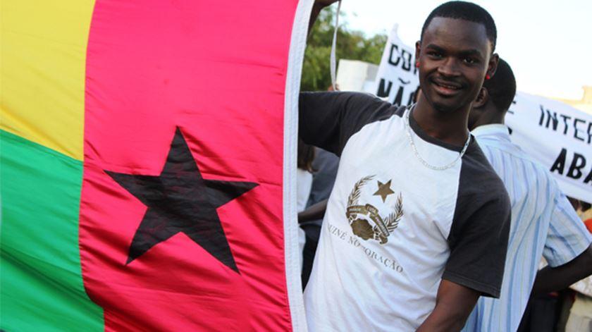 Primeiro-ministro da Guiné-Bissau e outros membros do Governo infetados