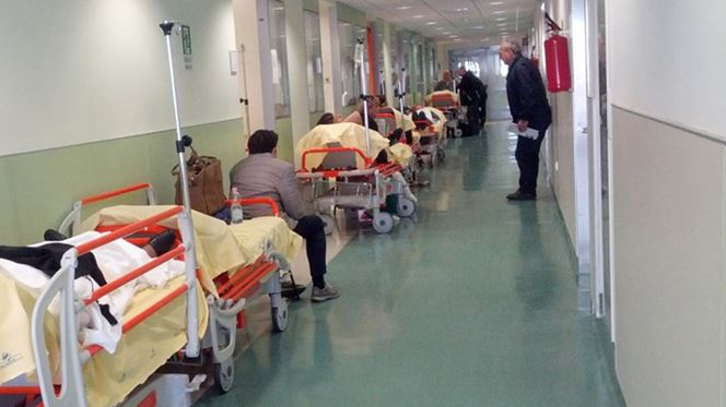 "Gaia. Médicos e sindicatos criticam internamento ""indigno"" de doentes"