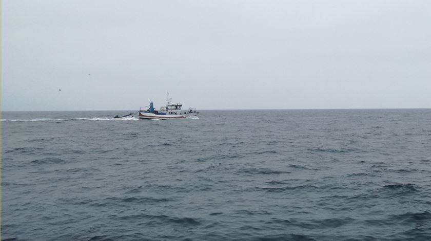 """Governo confirma """"incidente"""" com pesqueiro português na Argentina e vai investigar"""