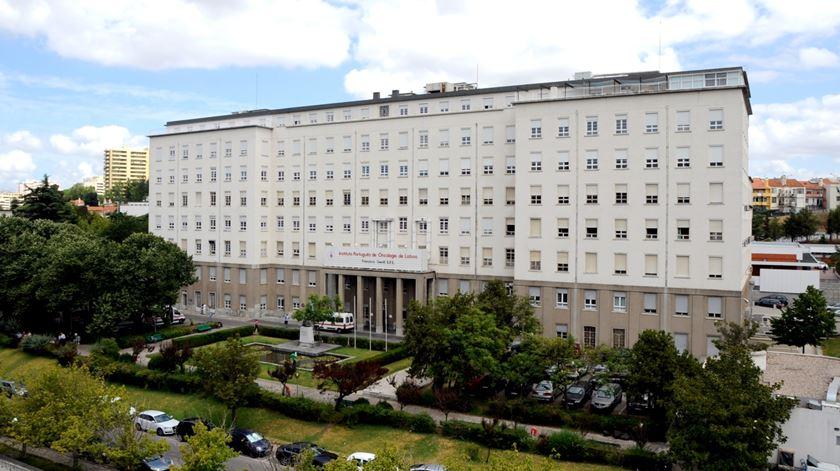 Lisboa. IPO lamenta espera para análises e diz que doentes de quimioterapia não ficam na rua
