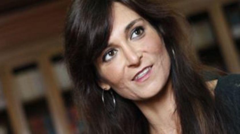 Isabel Moreira anuncia apoio a candidato do PCP