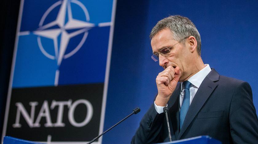 Crise no Mediterrâneo Oriental. NATO anuncia discussões entre Grécia e Turquia