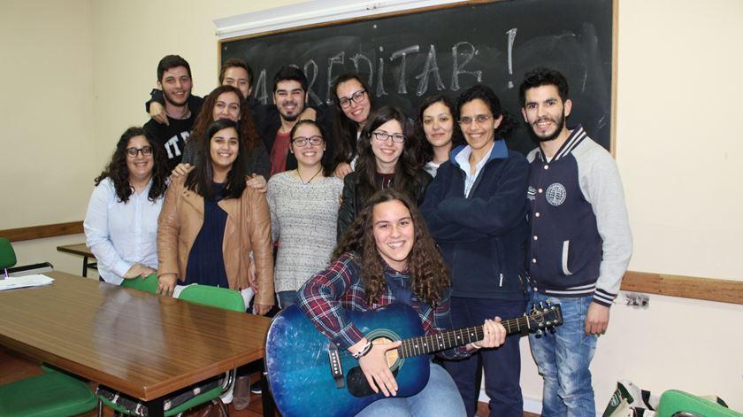 Jovens fazem directa por Deus. Foto: Liliana Carona/RR