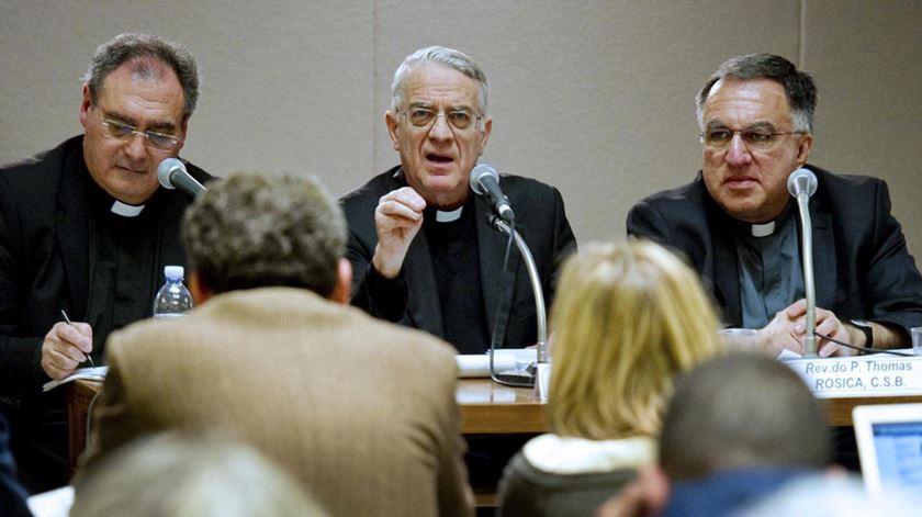 O padre Federico Lombardi ajudou a organizar a cimeira. Foto: DR