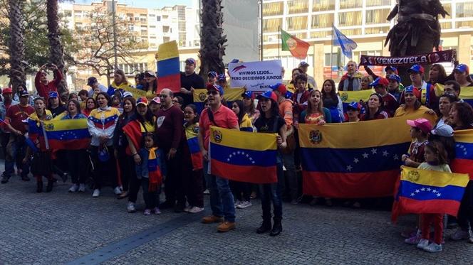 Venezuelanos no Porto exigem recontagem de votos