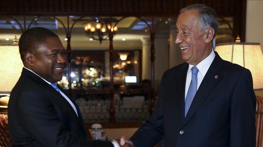 Filipe Nyusi chega esta terça-feira a Portugal para discutir a reconstrução de Moçambique