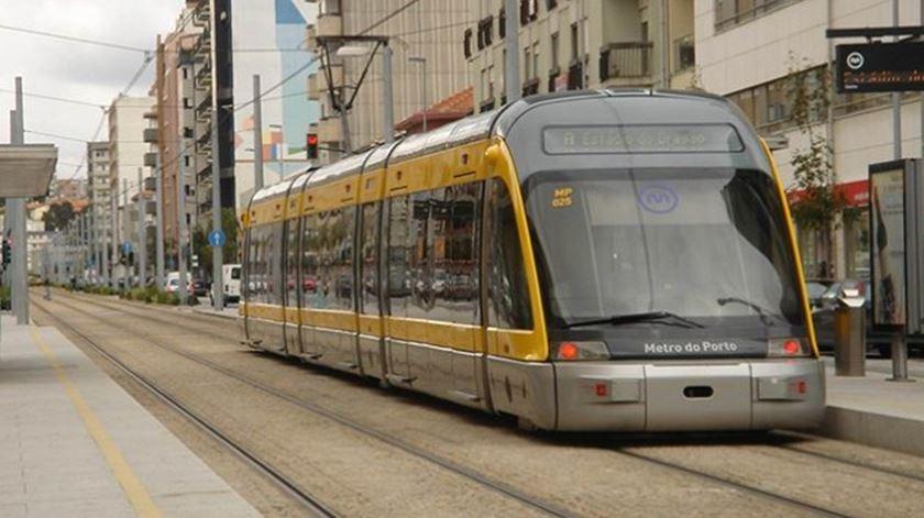 Metro do Porto anuncia novos veículos em parceria com a Escola de Artes e Design