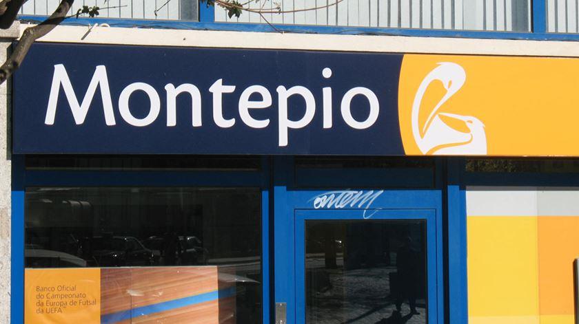 """Montepio avança com """"plano alargado"""" de saída de trabalhadores, dizem sindicatos"""