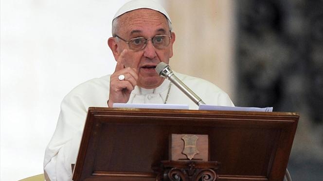 Papa presente em reunião de inquérito ao Banco do Vaticano