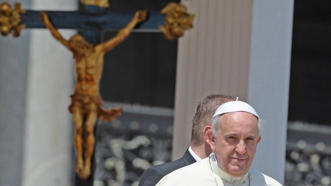 Papa pede ajuda para os Balcãs