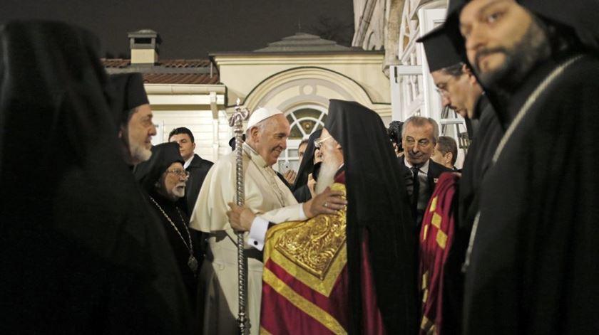 Francisco e Bartolomeu a dar primeiros passos de diálogo ecuménico. Foto: DR