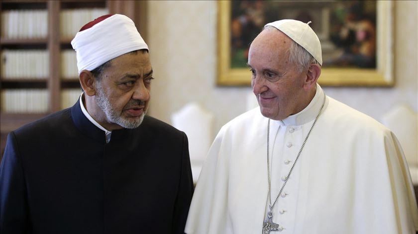 O Papa Francisco volta a encontrar-se com o grão-mufti da al-Azhar, Ahmad al-Tayeb. Foto: Max Rossi/EPA