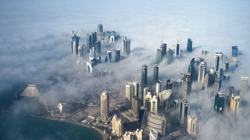 A Peninsula Arábica está mergulhada num conflito diplomático depois da Arábia Saudita e mais cinco países terem anunciado o corte de relações com o Qatar. Foto: Yoan Valat/EPA
