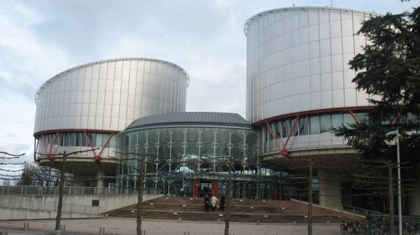 Jovens portugueses colocam 33 países em tribunal europeu