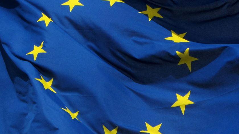 Ajudas de Bruxelas só para os respeitadores
