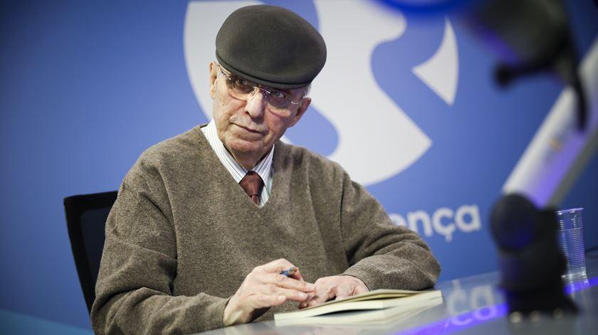 """Manuel Sérgio: """"Só correr não dá saúde, o que dá saúde é o sentido da vida"""""""