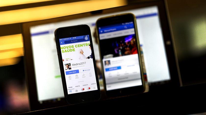 Redes sociais colocaram novos desafios à CNE. Foto: Joana Bourgard/RR