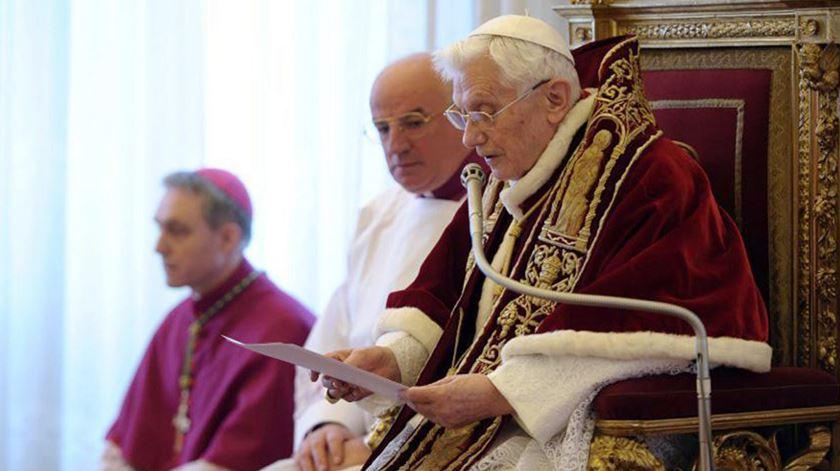 """""""O Papa Francisco levou a luta contra os escândalos da Igreja em frente, mas temos de fazer justiça ao Papa Bento XVI, foi ele que a começou"""""""