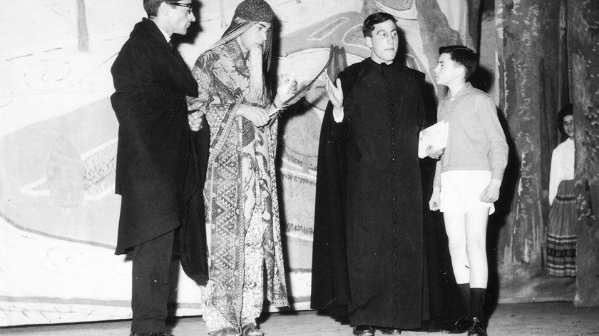 D. António Marto numa peça de teatro no seminário em Vila Real.